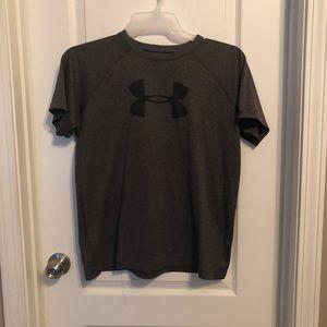 Boys Under Armour heat gear shirt